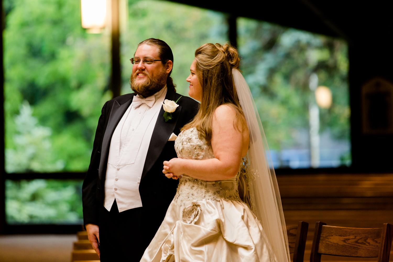 Lakeshore_Wedding_Syracuse_NY (18 of 57).jpg