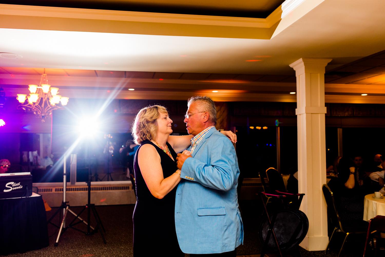 Lakeshore_Wedding_Syracuse_NY (54 of 57).jpg