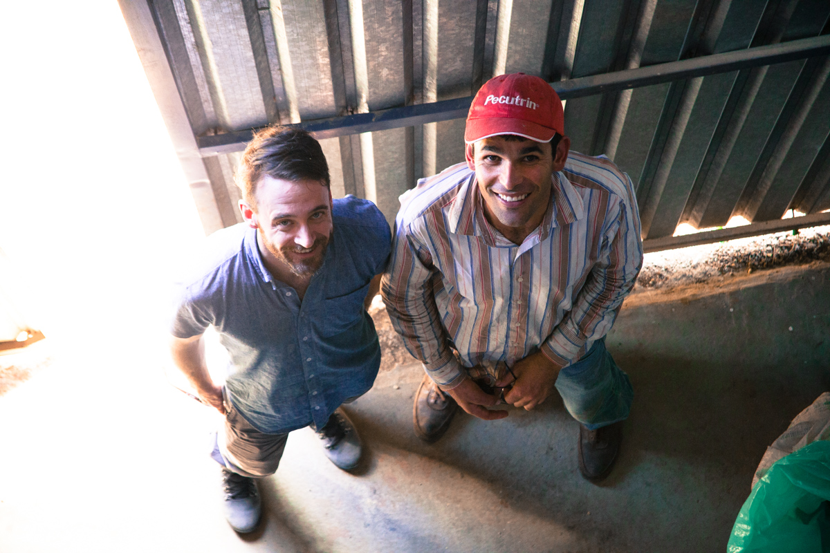 Winston poses with Oscar, Luis Alberto's brother during our visit to the La Lia mill, Costa Rica.
