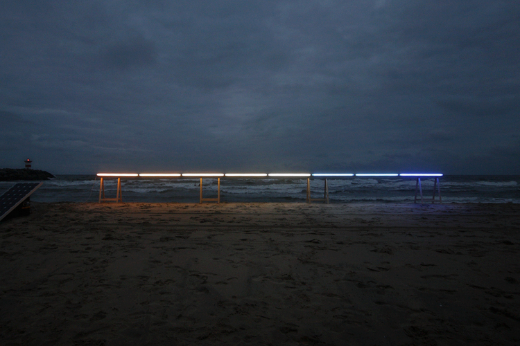 Drawing Horizon . Solar-light Installation. North Sea Satellietgroep. James Geurts, 2011