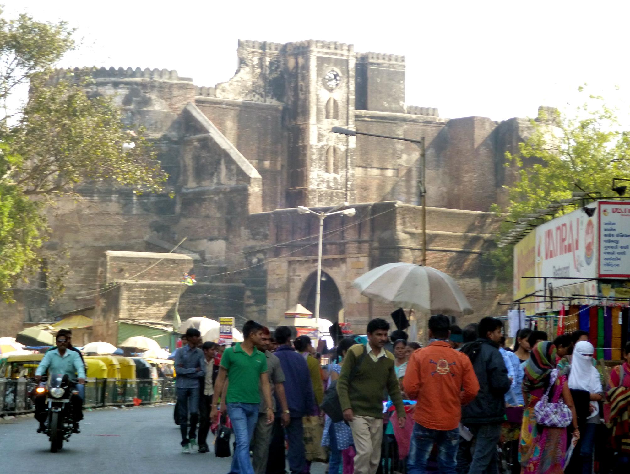 A street near Bhadra Fort – no gates here