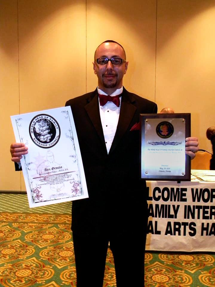 Guro Ormaza receiving his awards from the Sokeship Council in 2010