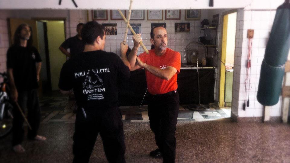 Guro Carlos leading a seminar in Argentina