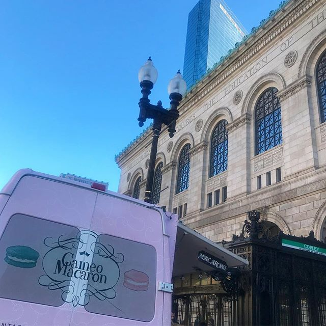 We're open at 670 Boylston Street from 1p - 5:30p today for that after-brunch treat. . . . . #macarons #frenchmacaron #bostonfoodtrucks #wedding #bostonweddings #bridalshower #bridesmaids #catering #newenglandweddings #babyshower #momtobe #bostonevents #eventplanning #corporateevents #eventplanner