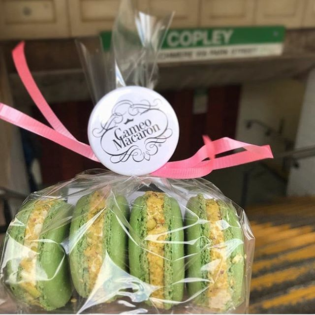 🚃🚃Come see us at 670 Boylston St., Saturday from 1-5p, right on the Green Line! . . #pistachio #macarons #frenchmacaron #bostonfoodtrucks #wedding #bostonweddings #bridalshower #bridesmaids #catering #newenglandweddings #babyshower #momtobe #bostonevents #eventplanning #corporateevents #eventplanner