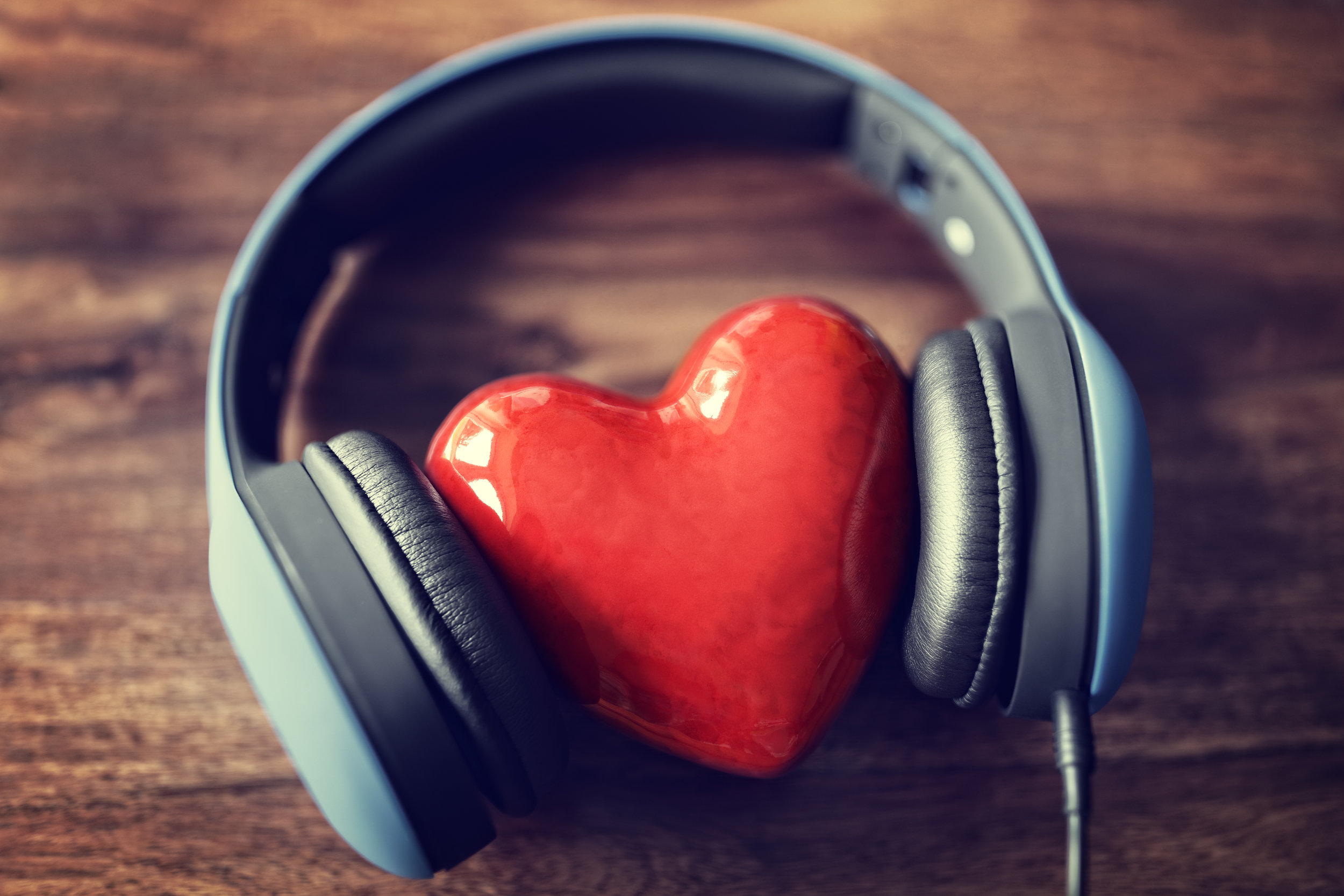 heart-in-headphones
