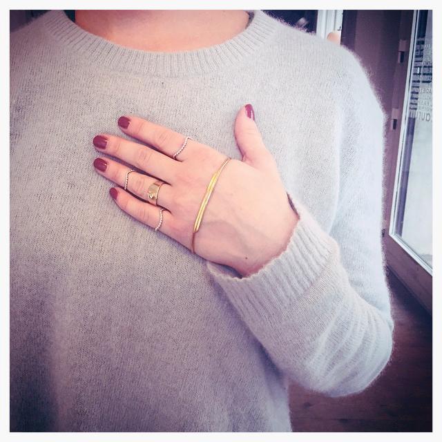 #leifoojewelry      #staywarmandbling    #danishdesign  #crafmanship    #sweater    #jewelry