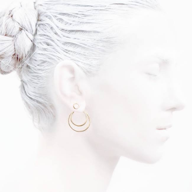 #wednesdaywonder    #Fashion    #elegancyinwhite  #catwalkavenuebyandrea    #fasionshoot    #Ocollection  #LeifooJewelry    #fashionjewelry    #fashiongold  #danishdesign    #greattimes