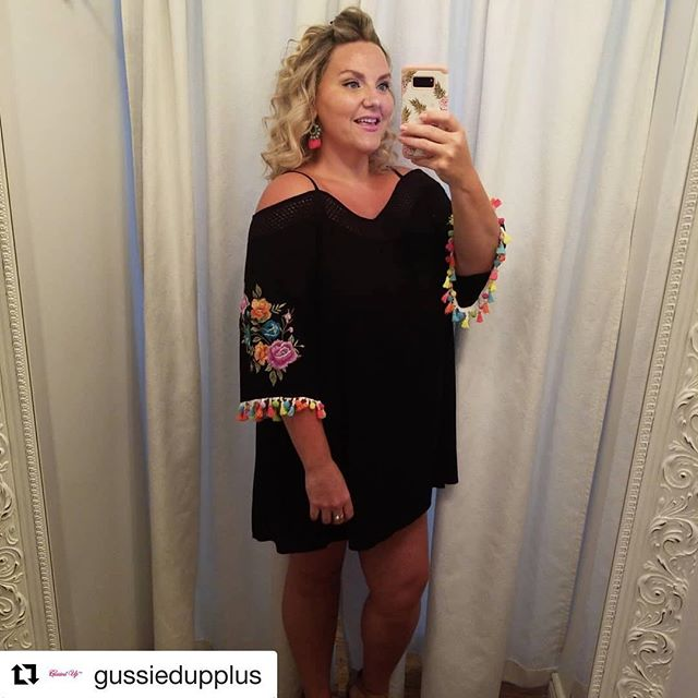 Happy birthday to lovely Victoria from @gussiedupplus  May your new year be full of colourful tassels, summer vibes, statement pieces all year round.  So grateful for our friendship 💜🍉⚾️🎉🌴🎈🎀 #gussiedupplus #happybirthday #tasselsfordays #colourobssessed #pursuepretty #anythingbutordinary #itsyourbirthday #veryvalerolove #veryvalero #instabirthday #birthdaygirl