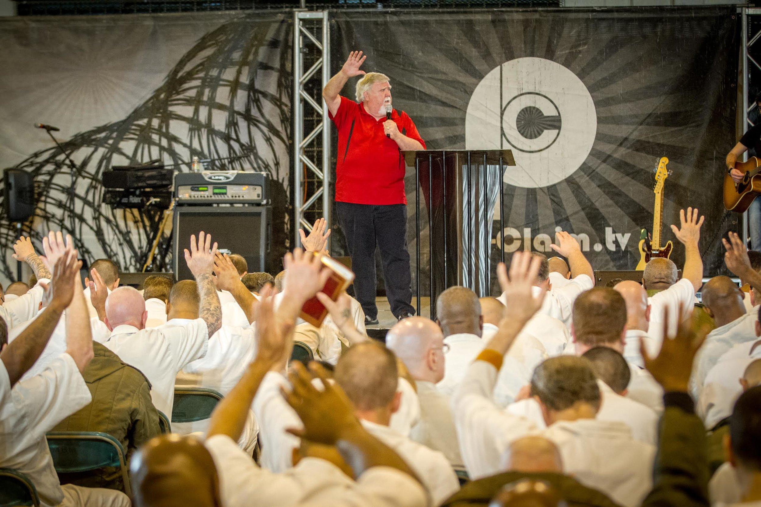 Johnny Preaching at Wynne Prison in Texas.jpg