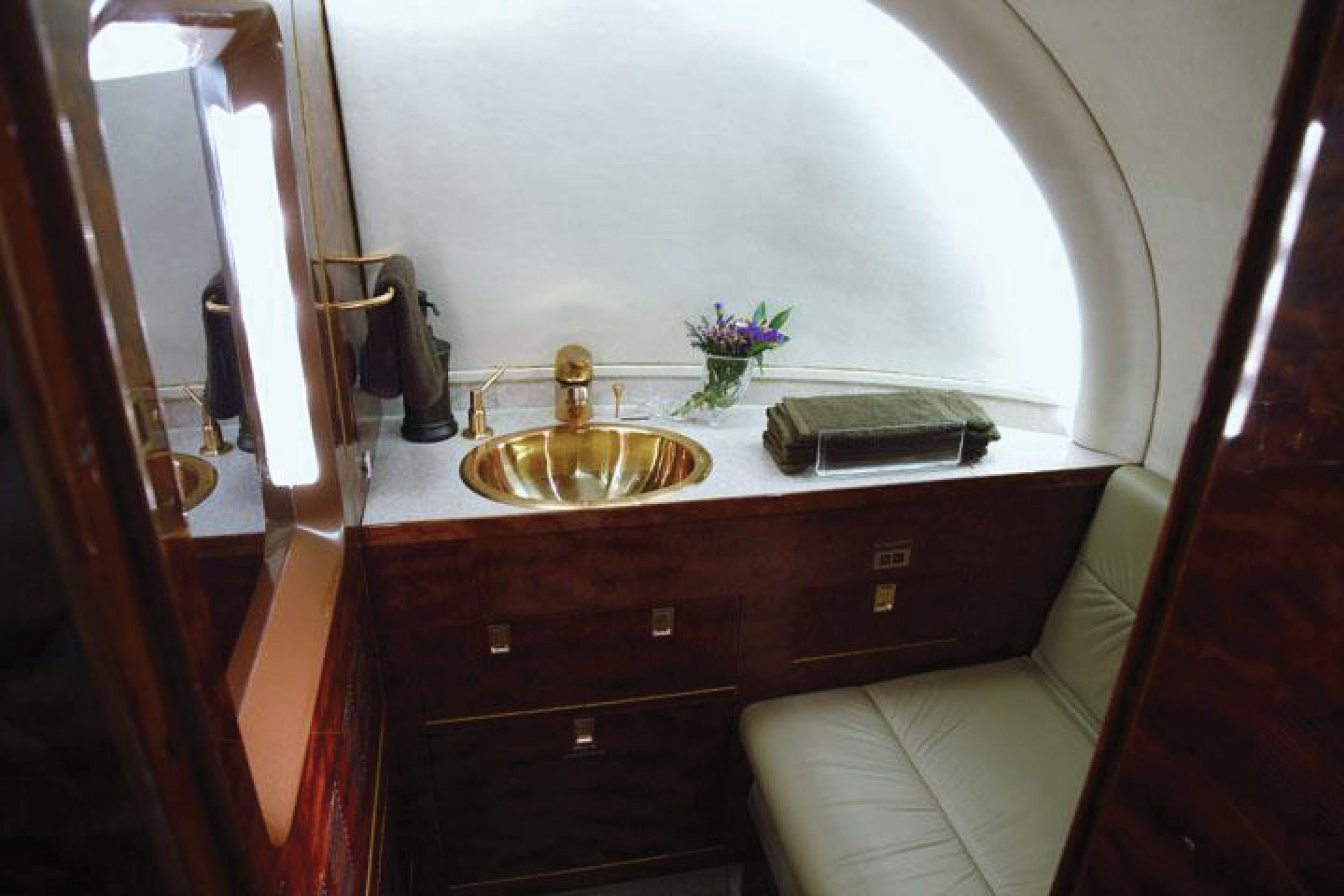 hawker_interior6.jpg