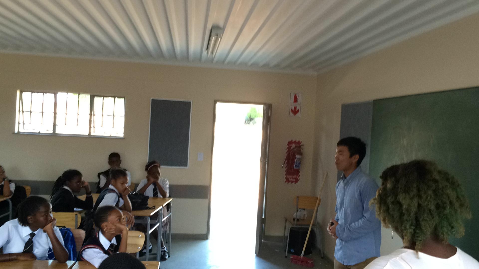 Kosei motivating the youth to follow their goals