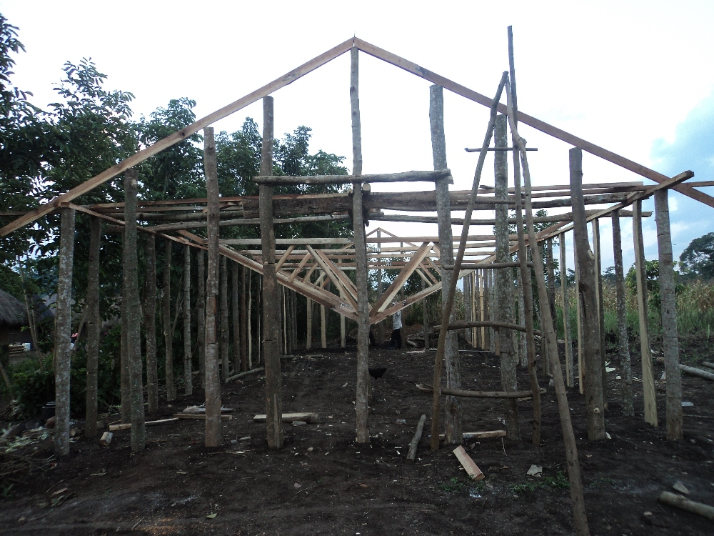 setting the roof structure