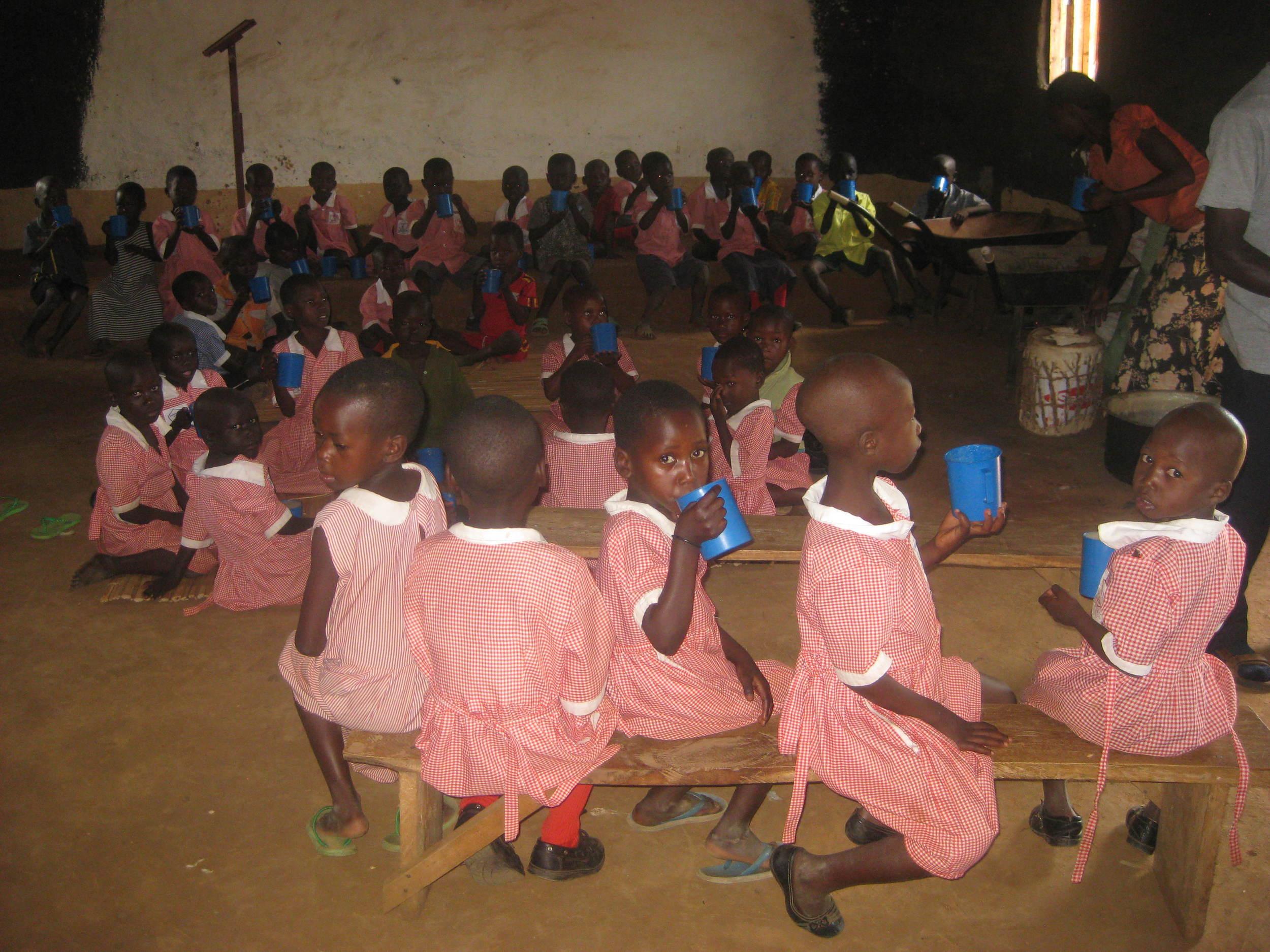 dec 15 lusenke school kids.JPG