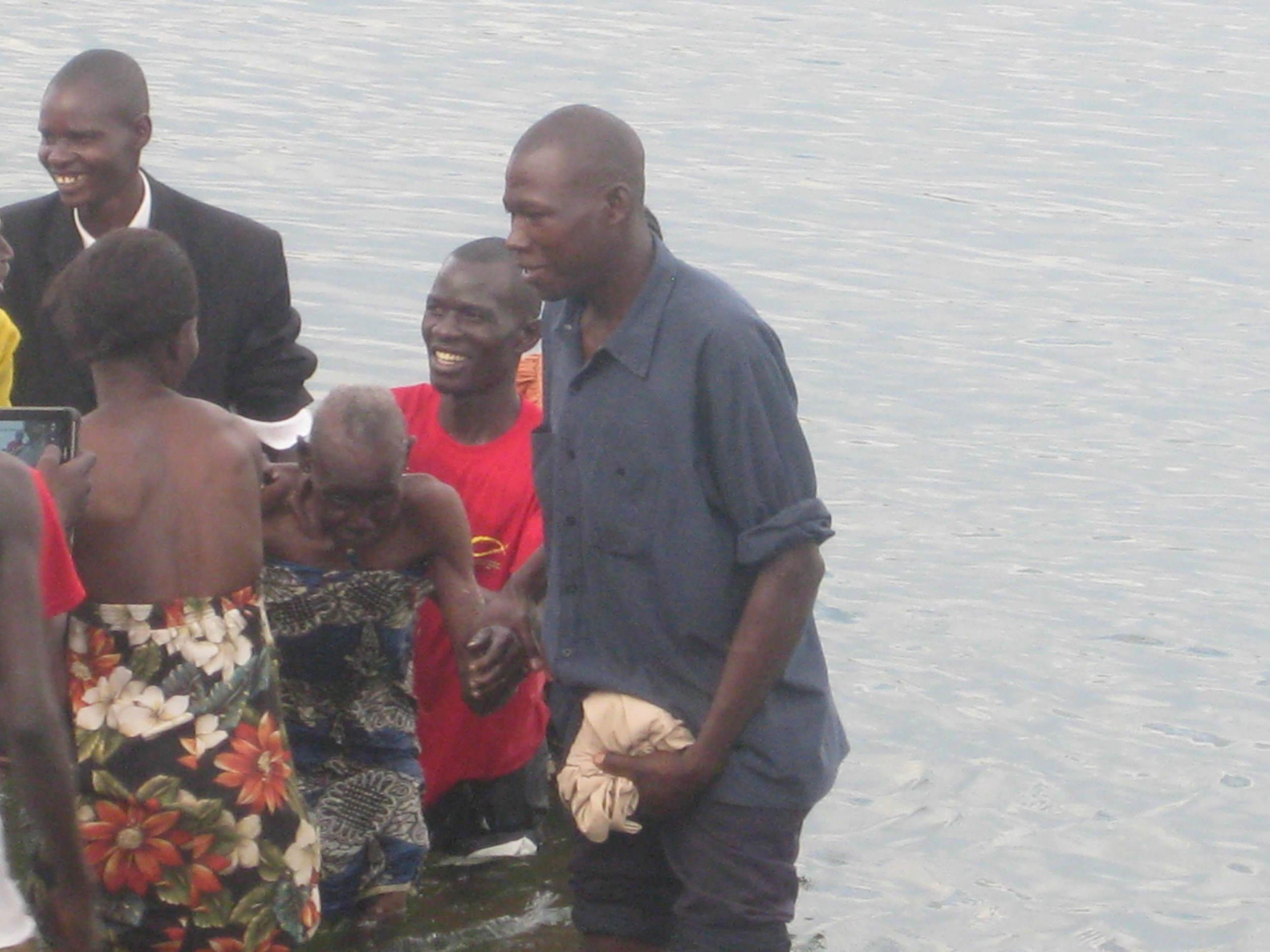 baptising sara 2.JPG