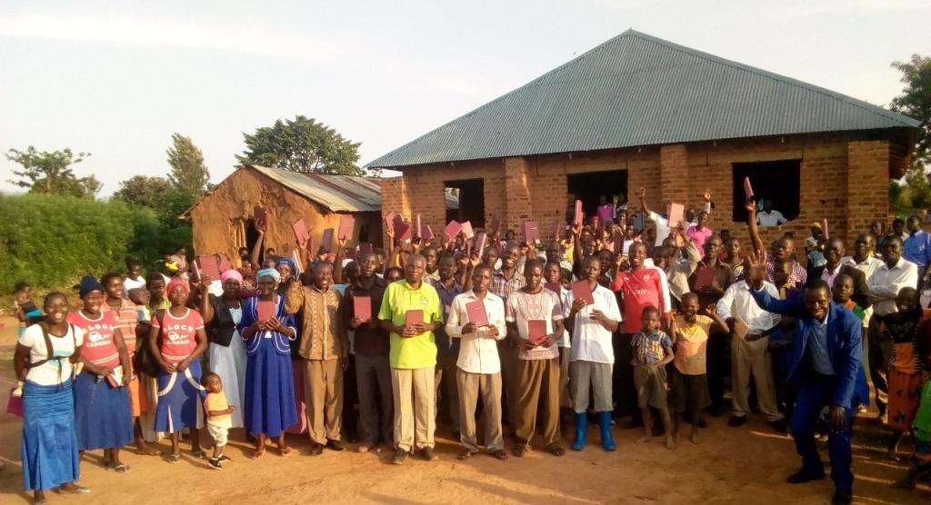 Group photo with pastor Katandi..jpg