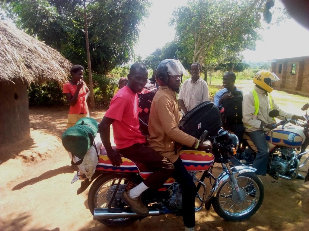 Setting off from Bukimbi (Namayingo) mission accomplished..jpg