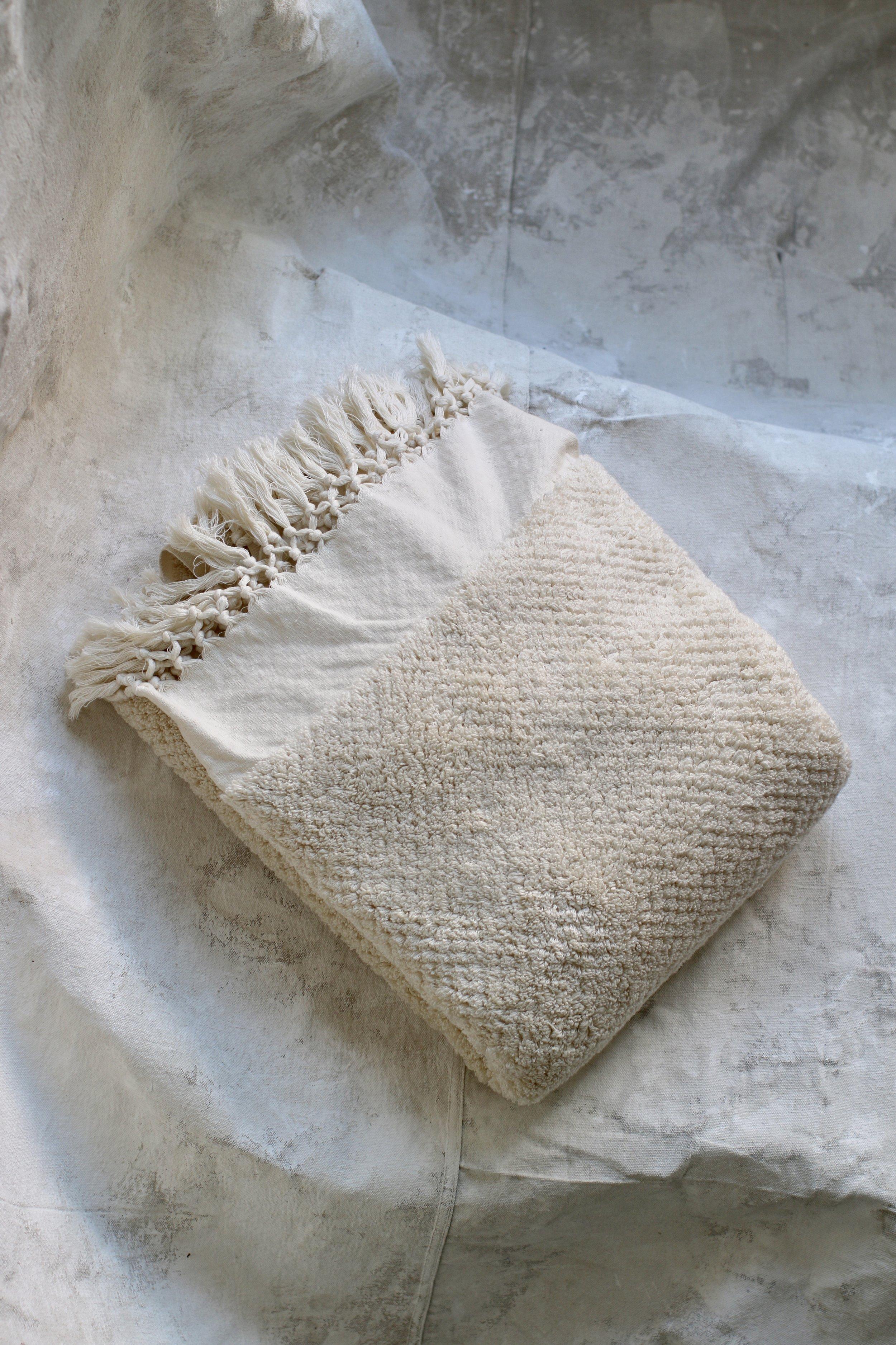 Ultra Plush Throw Blanket $120