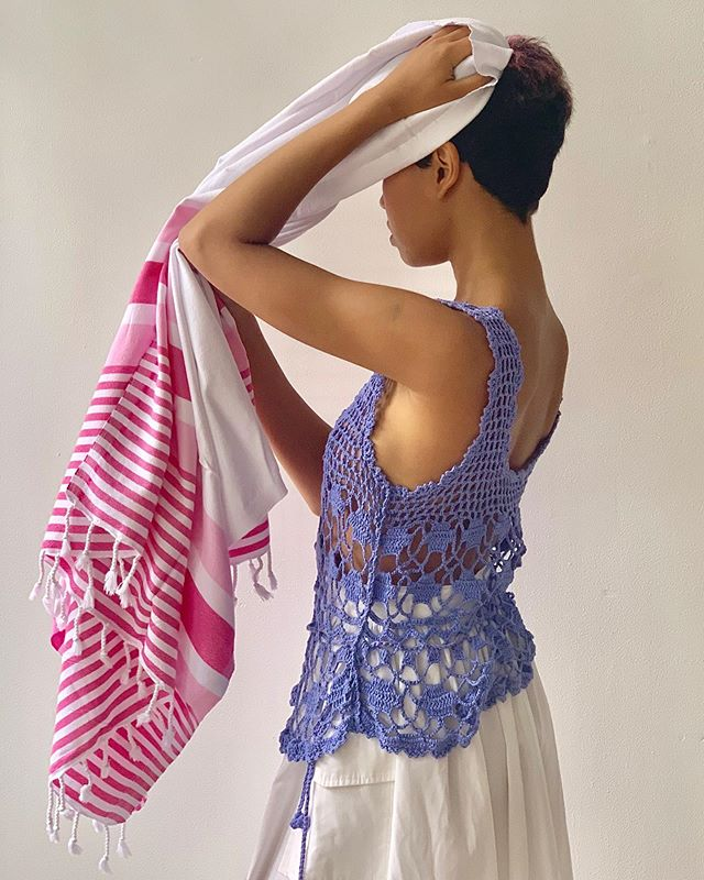Ok! It's HOT!! 🔥Our Turkish towels dry quicker than conventional terry towels but are just as absorbent. Which makes them perfect for days when multiple showers and dips in the pool are required.