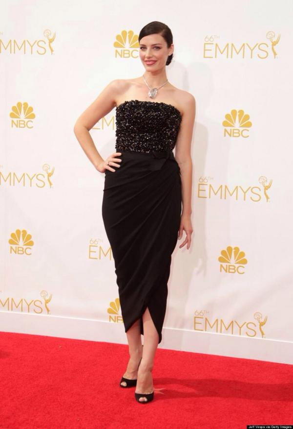 Jessica Pare oozed Old Hollywood glamour on the red carpet. We've missed her on Mad Men!
