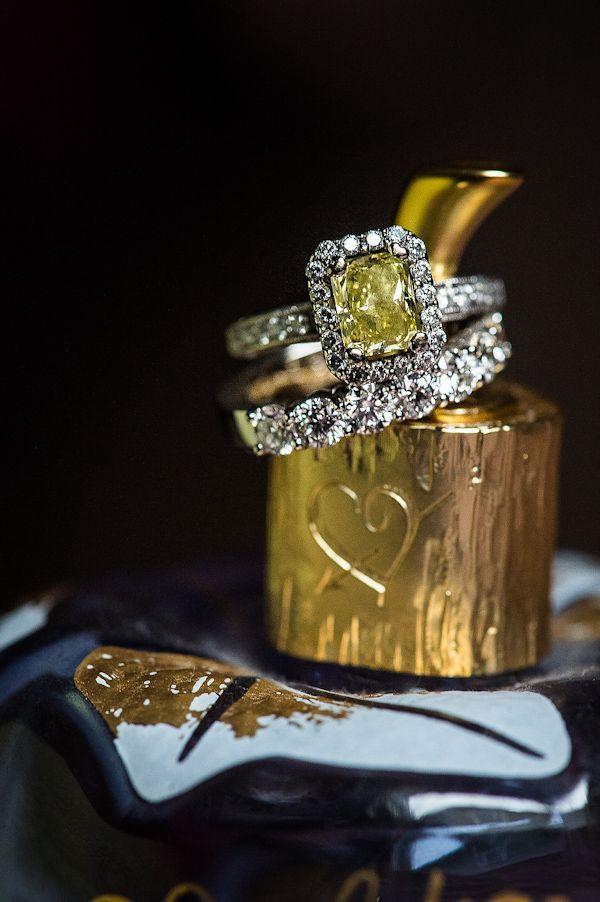 Engagement-Rings-Chicago-Geneva-Seal-Yellow-Diamonds-31.jpg