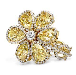 Engagement-Rings-Chicago-Geneva-Seal-Yellow-Diamonds-28.jpg