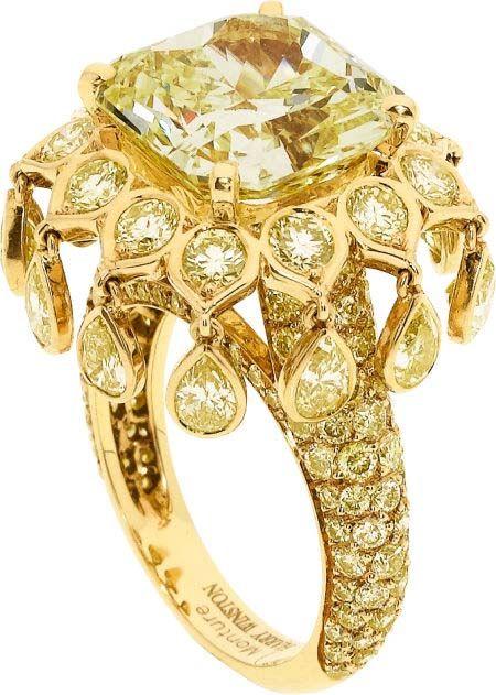 Engagement-Rings-Chicago-Geneva-Seal-Yellow-Diamonds-24.jpg
