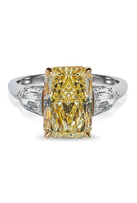 Engagement-Rings-Chicago-Geneva-Seal-Yellow-Diamonds-15.jpg