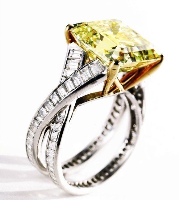 Engagement-Rings-Chicago-Geneva-Seal-Yellow-Diamonds-27.jpg
