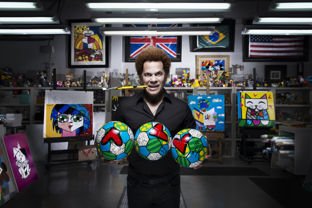 Romero Britto, the artistic influence behind the Hublot Classic Fusion Only Watch Britto.