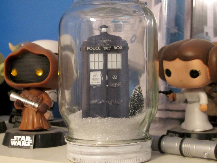 DIY Holiday TARDIS in the Snow