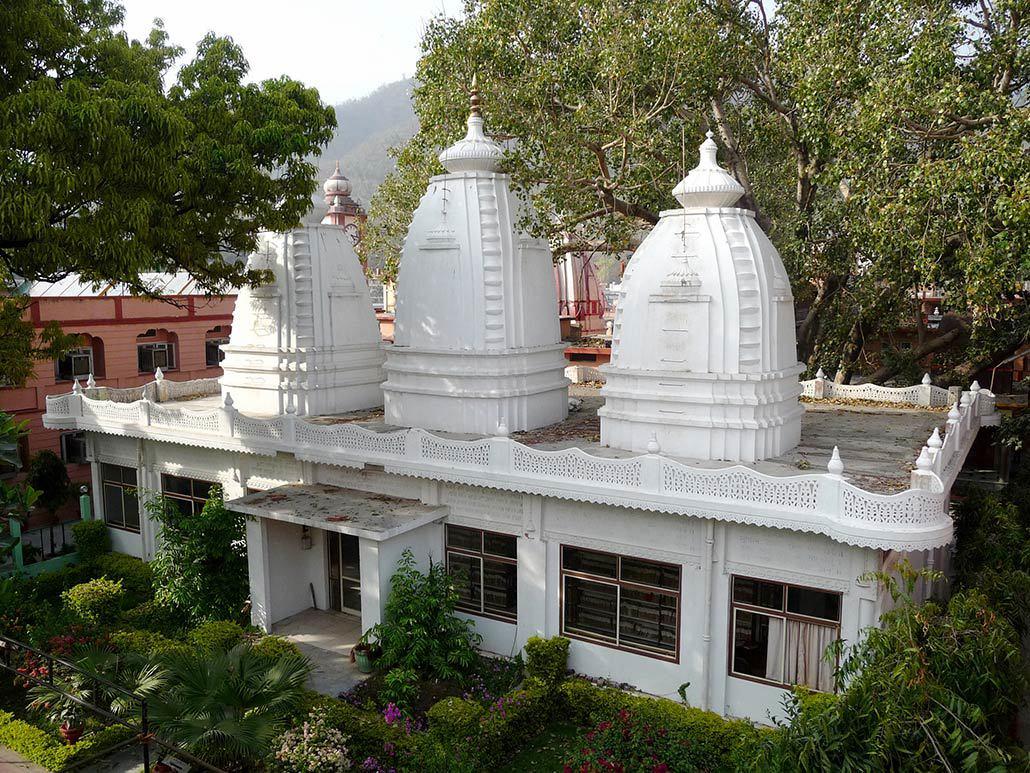 hindu-library.jpg