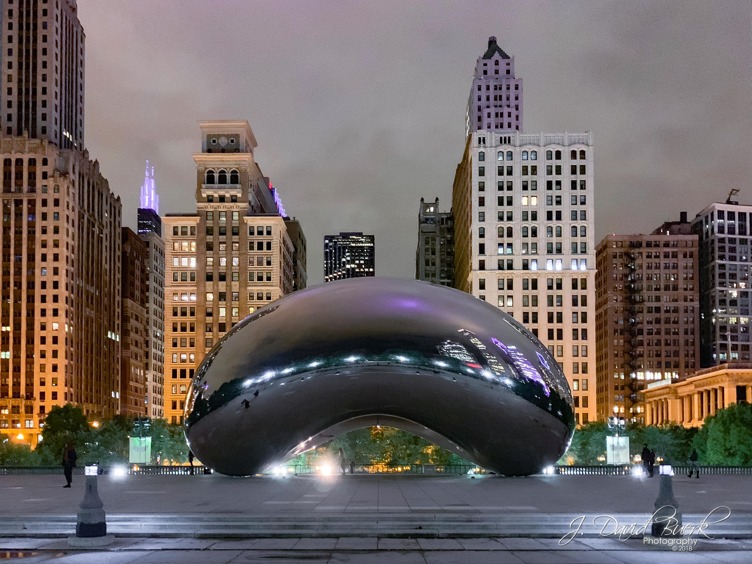 "Sir Anish Mikhail Kapoor's  Cloud Gate , colloquially known as ""The Bean,"" in Chicago, Illinois. Shot and edited entirely on iPhone XS."