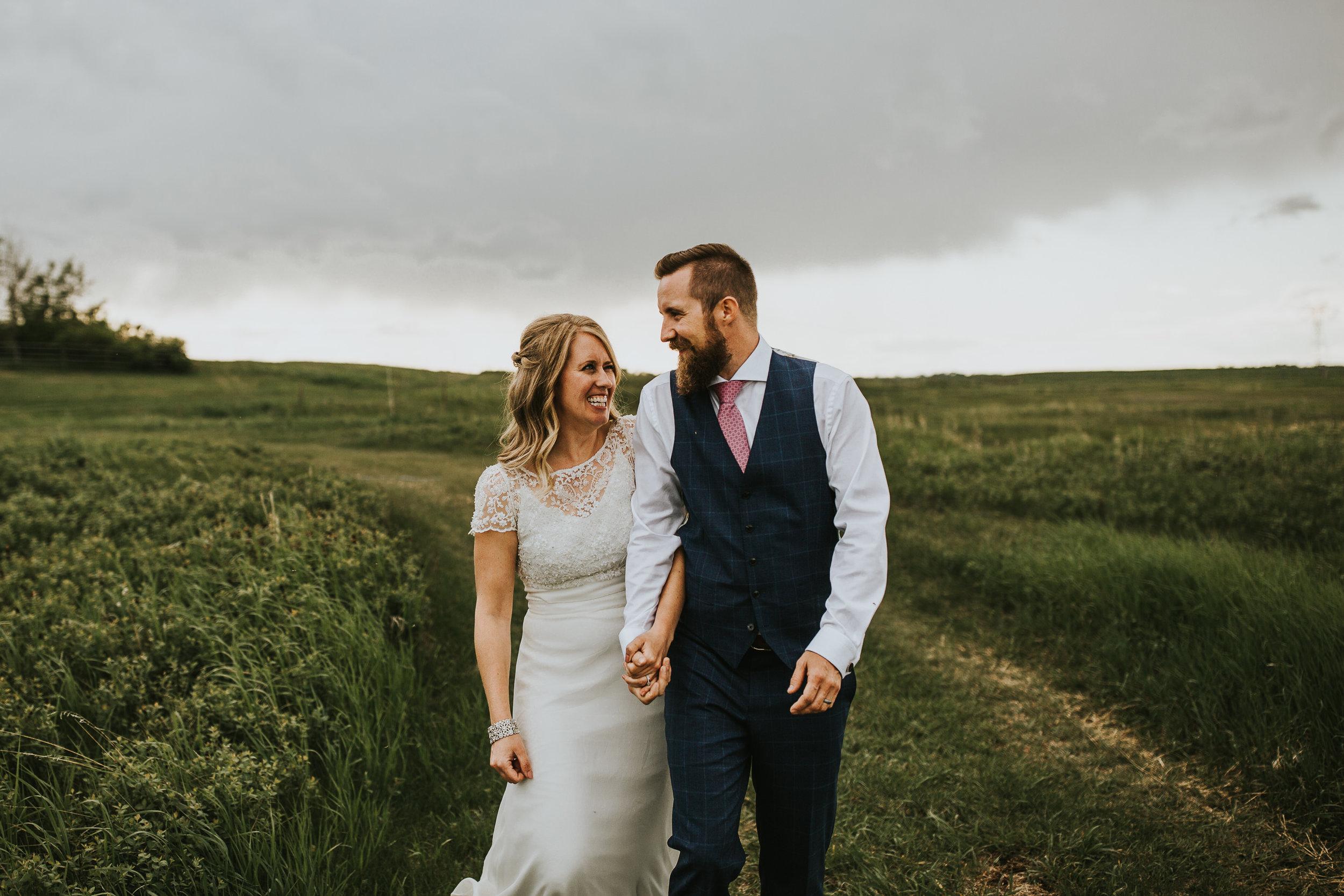 Th-Gathered-Farm-Wedding-47