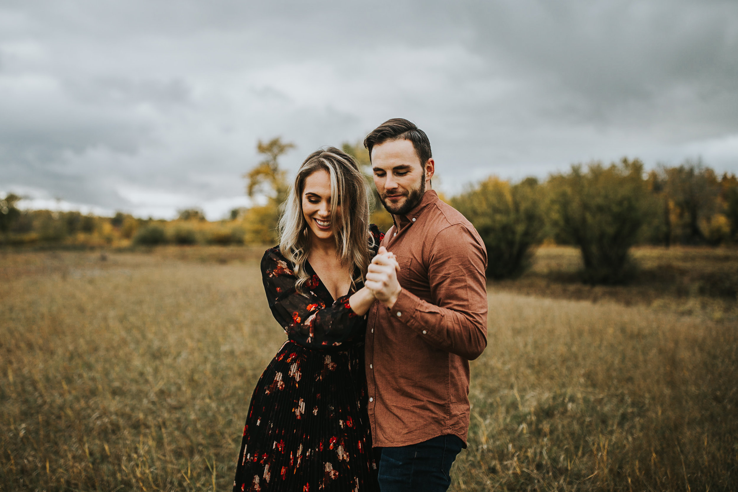 Calgary-Fish-Creek-Park-Engagement-Session