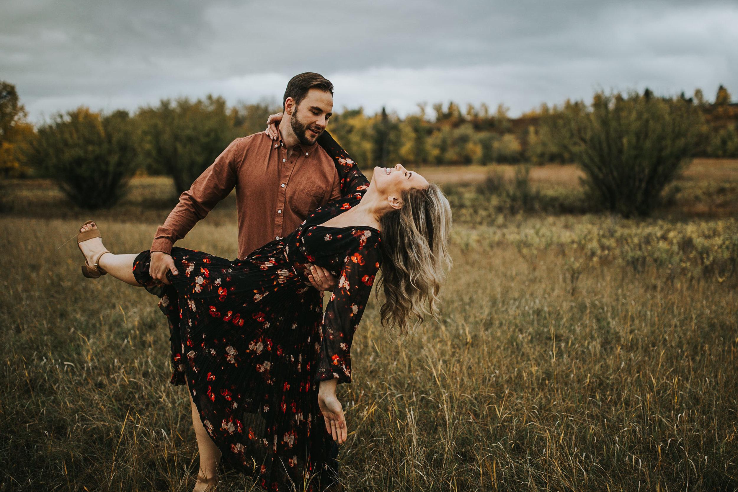 Calgary-Fall-Engagement-Fish-Creek-Park