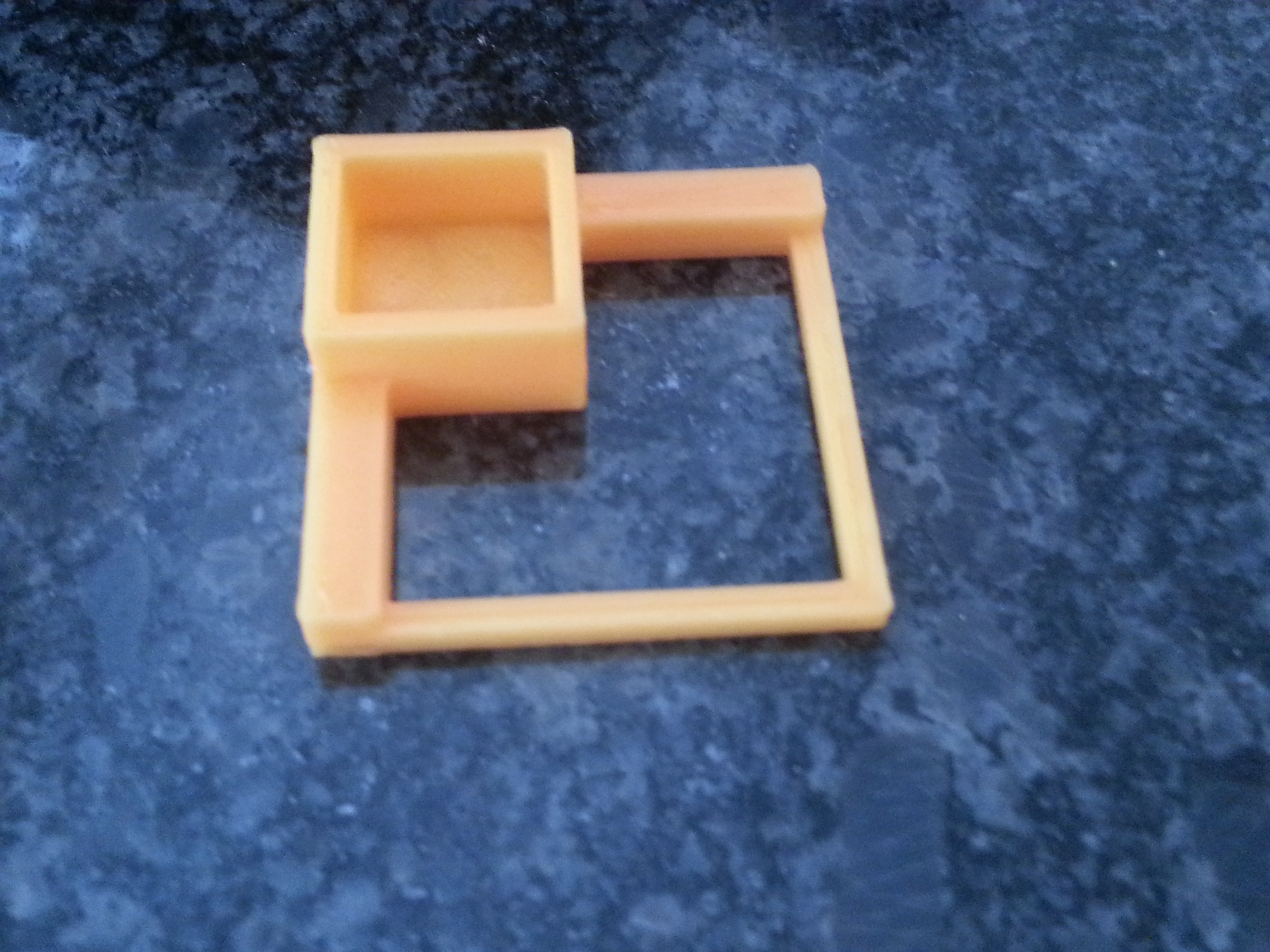 Another Calibration Square   Printrbot Simple - 0.25mm layers - Orange PLA