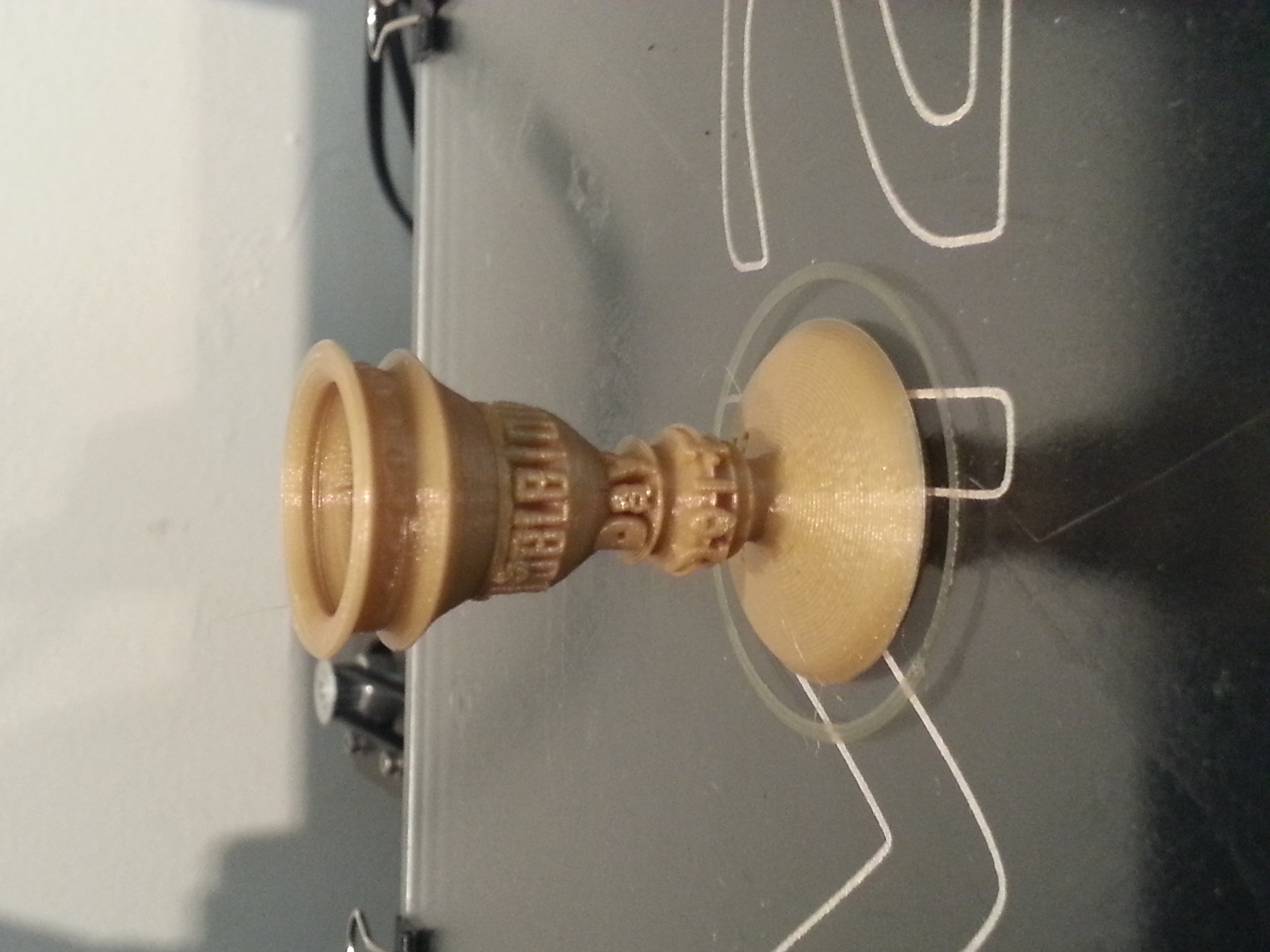 TableTop Day 2014 Trophy   MakerGear M2 - 0.15mm layers - Gold PLA