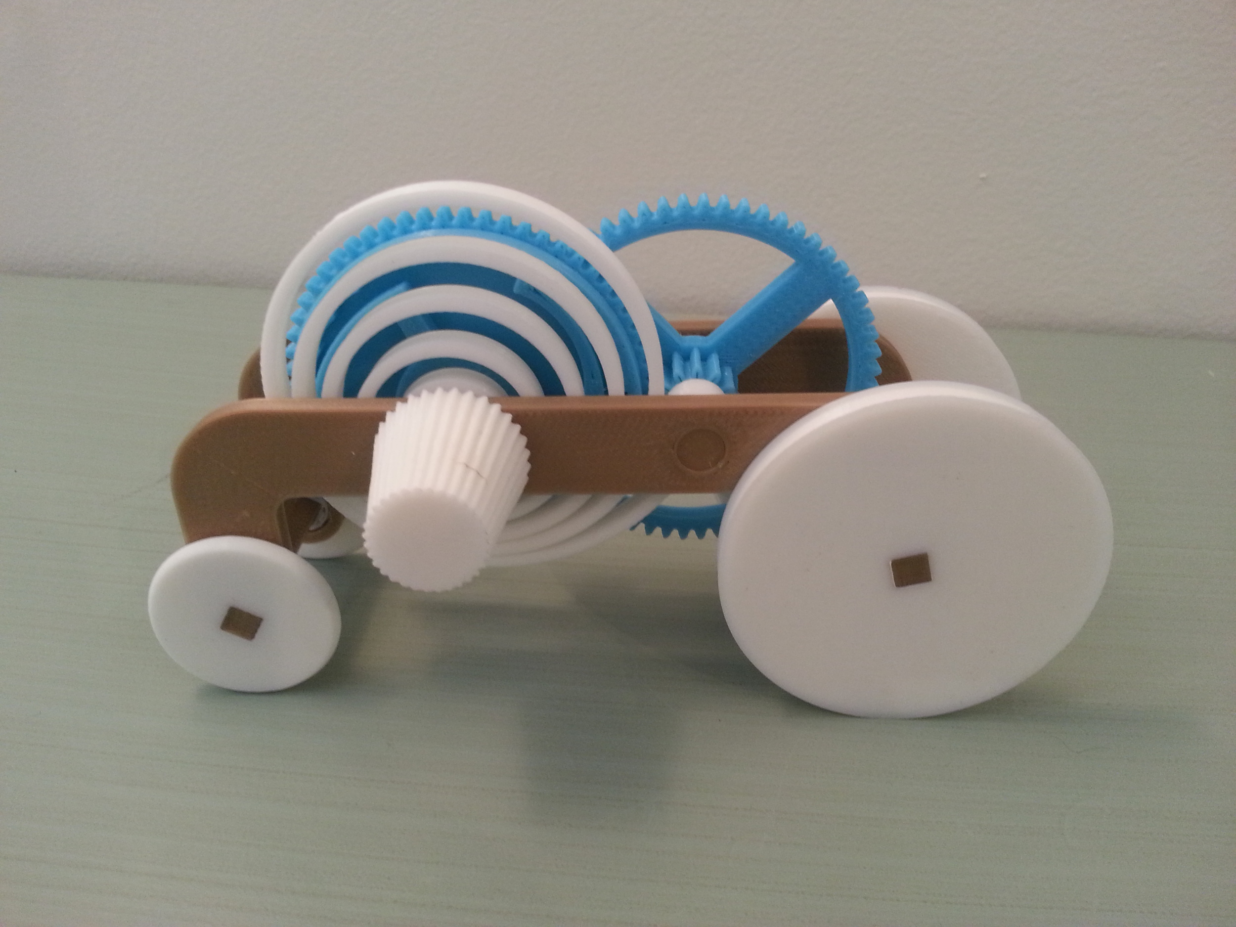 Spring Powered Rolling Vehicle
