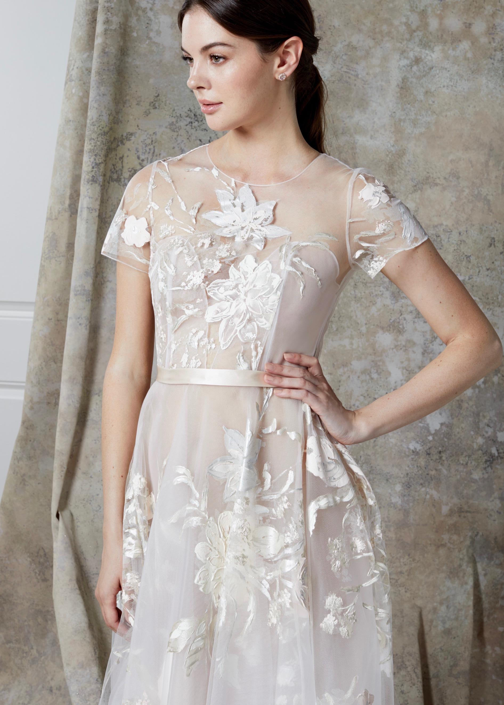 KALINA DRESS (CLOSE-UP)
