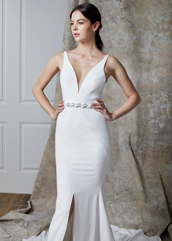 LIANA DRESS (CLOSE-UP)