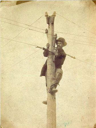 """""""Workers Repairing a Telegraph Line."""" C.1862 or 1863. Image attributed to Andrew Russell. Library of Congress. LC-B8184-10497"""