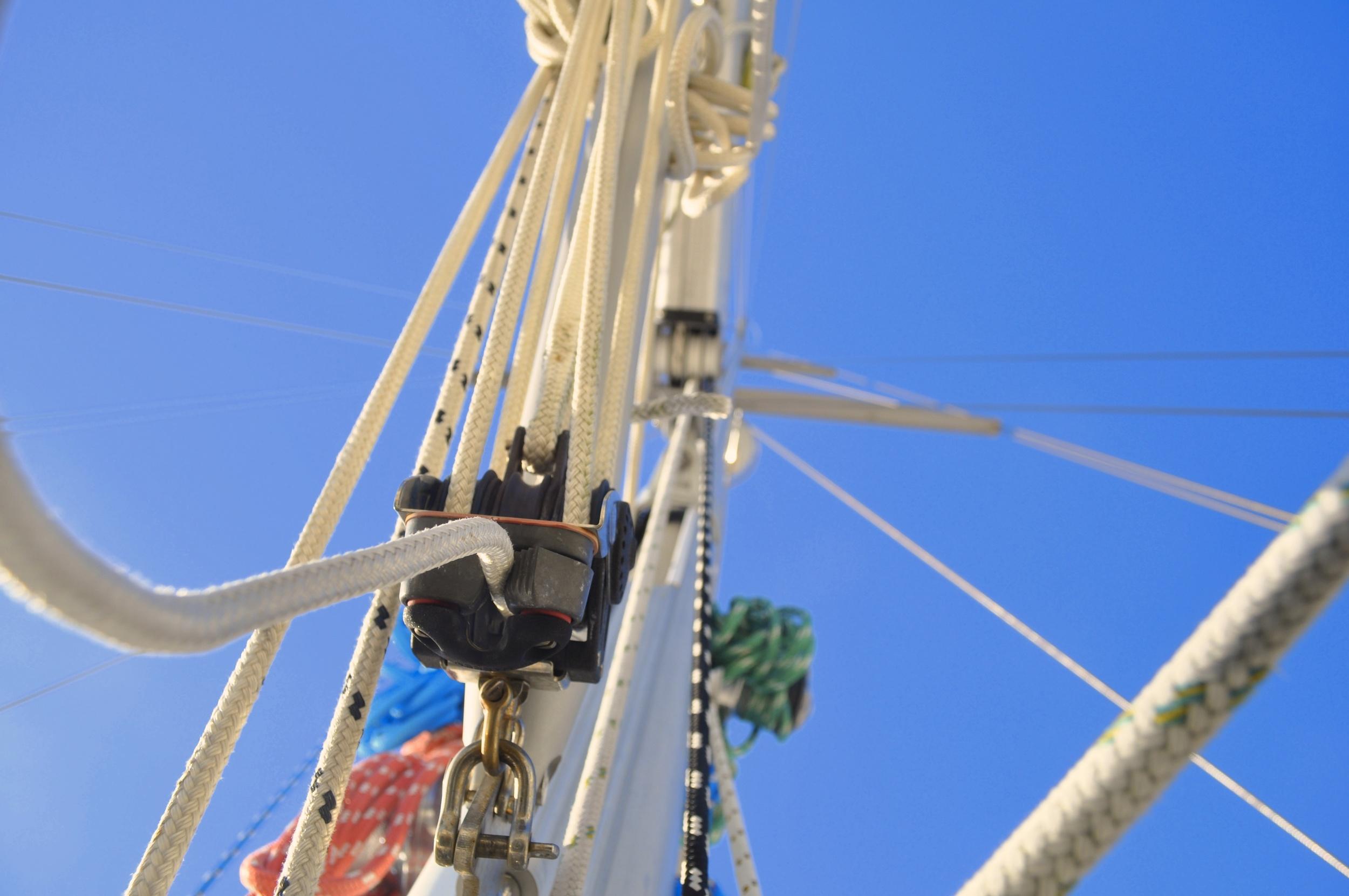 mast 004.jpg