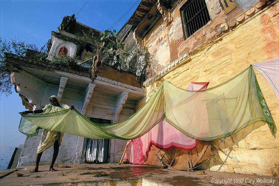 Drying Saris at the Ghats