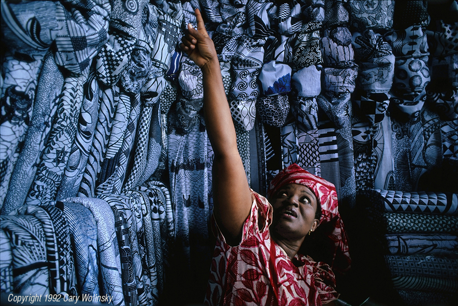 Funeral Cloth Seller