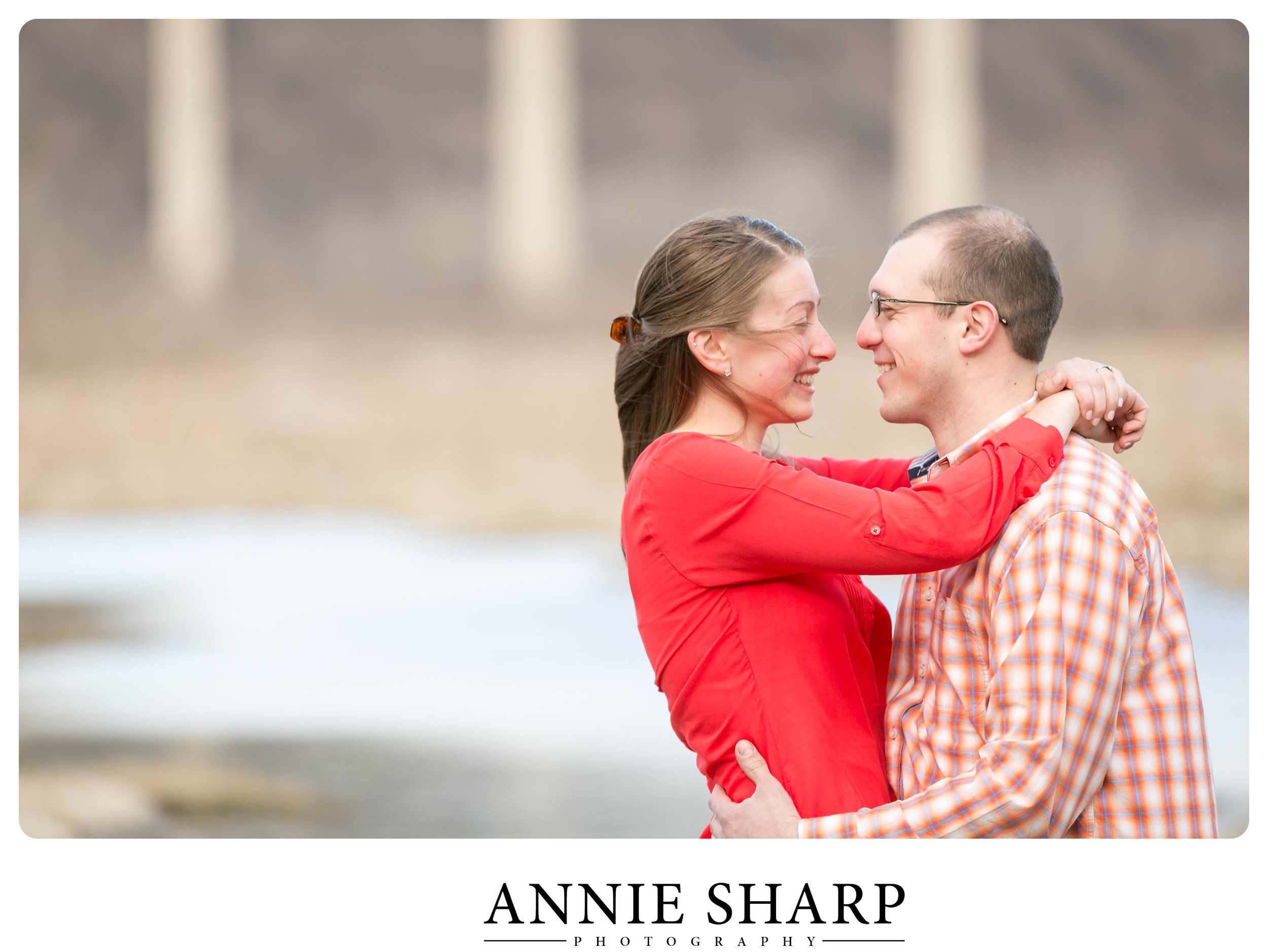 lock12-holtwood-engagement-session-outdoor-photo