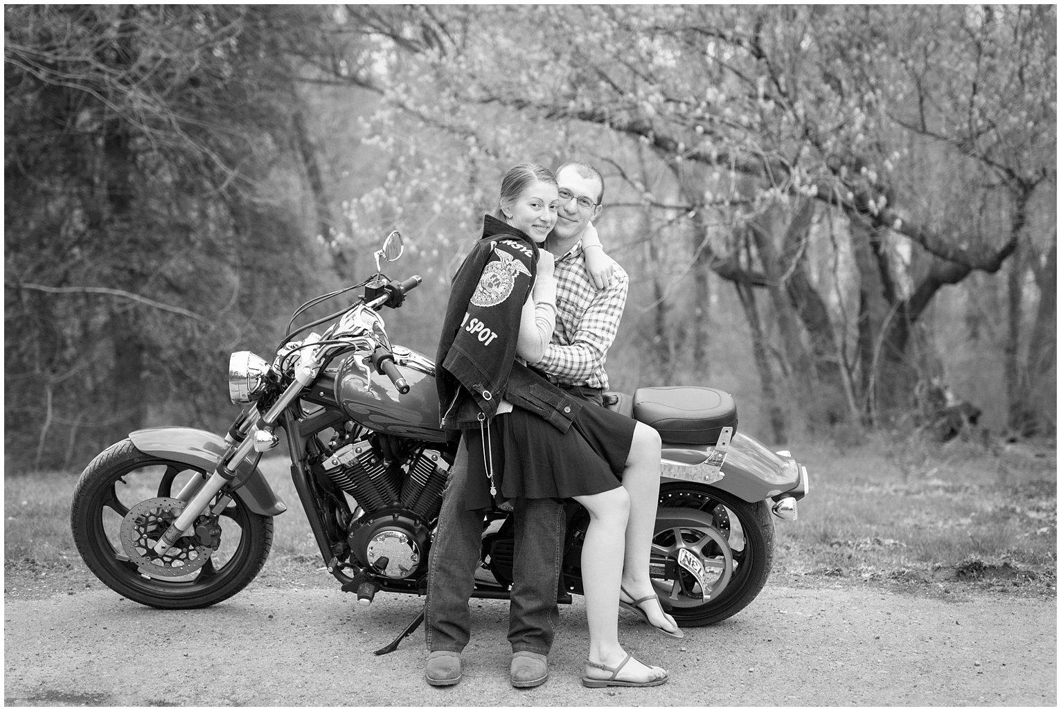 motorcycle-engagement-motorcycle-photo