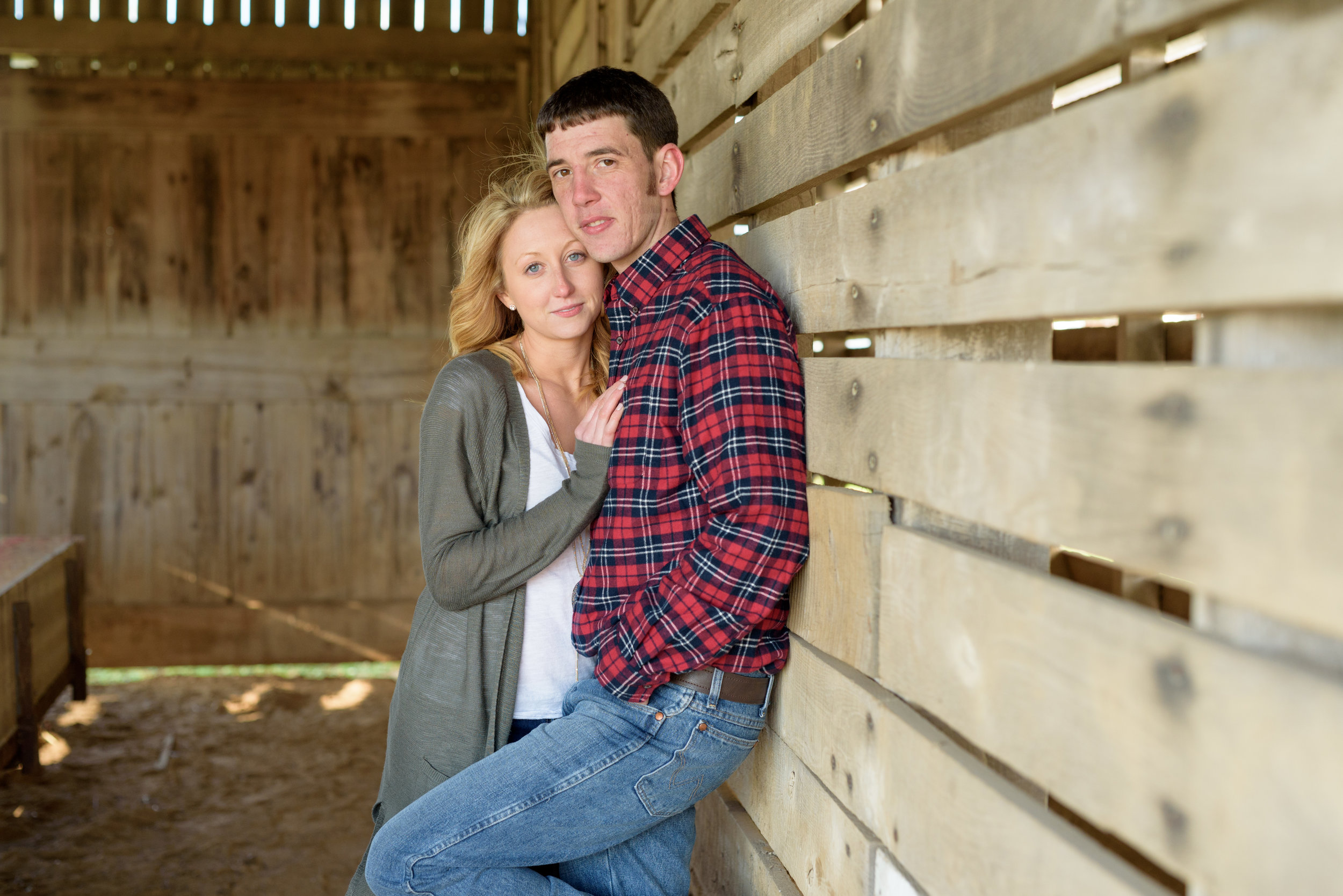 lancaster-wedding-photographer-farm-engagement-session-love-photos