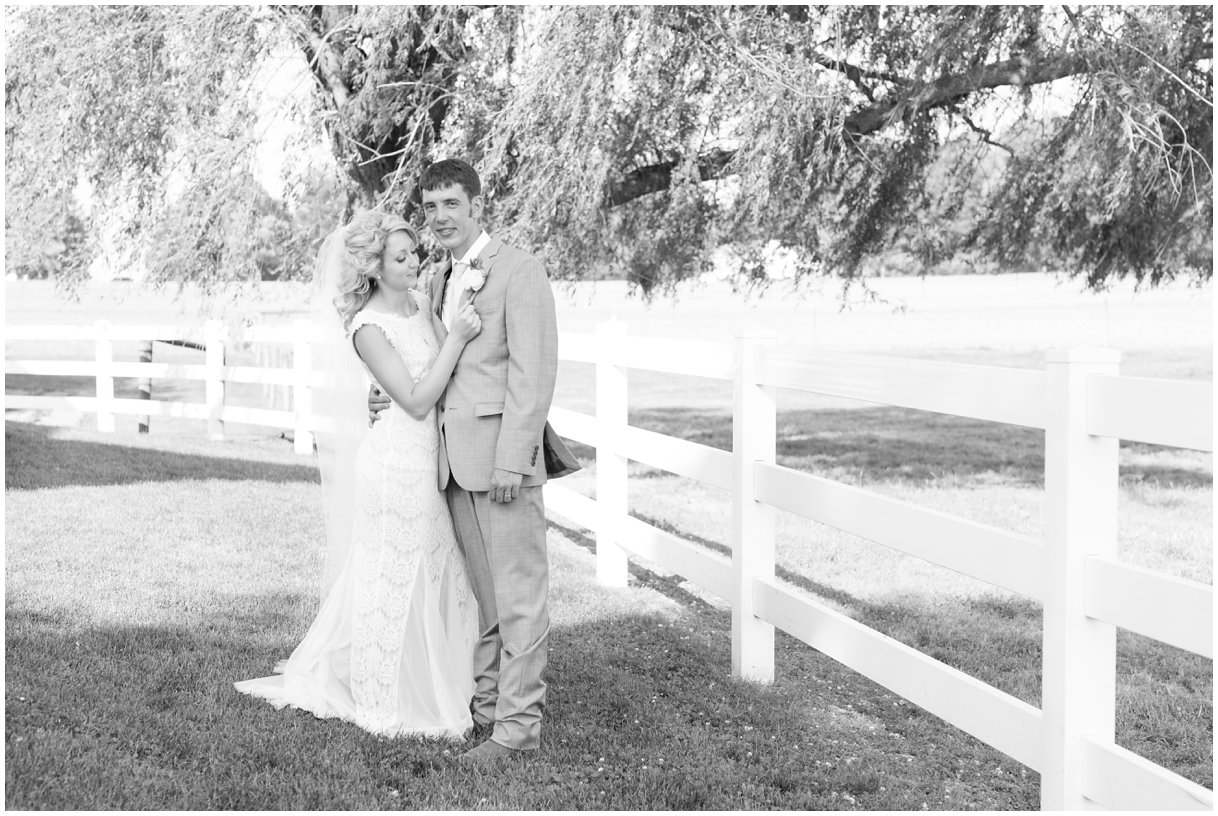 Bride and Groom Lancaster PA outdoor wedding photo