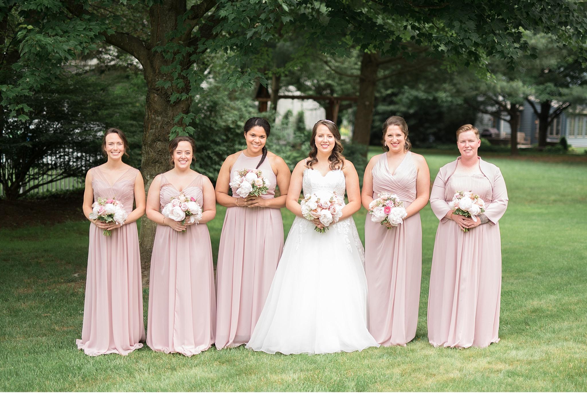 Bridesmaids and bride Hershey Gardens Hershey Country Club Summer beautiful wedding photography_1567.jpg